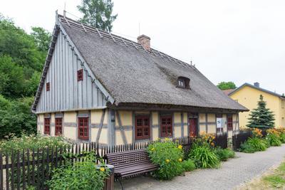 Strohhaus Neuzelle, Foto: Seenland Oder-Spree Florian Läufer