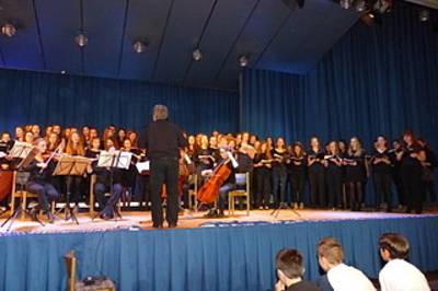 FLOWER POWER & Die MUSIK DER 70er - Konzert mit Big Band und Chor des Markgräfler Gymnasiums Müllheim