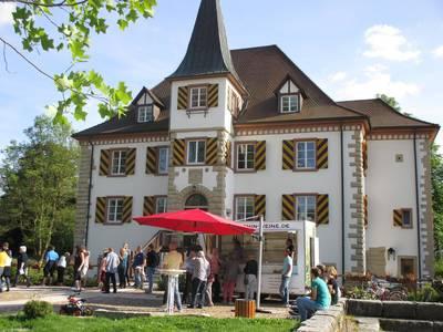 Weinausschank im Schlosspark