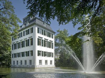Holzhausenschlößchen - OnlineBarbara Staubach. (© Holzhausenschlößchen - Online)