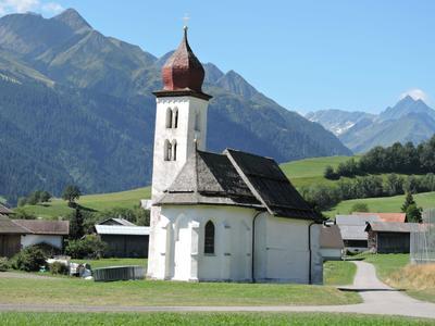 7 Kapellenwanderung in der Val Lumnezia