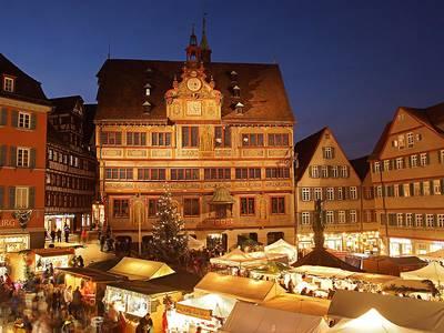 Wer einen außergewöhnlichen Weihnachtsmarkt sucht, ist in Tübingen richtig: heimelig und romantisch.. (© Foto Alexander Gonschior  Handel- und Gewerb)