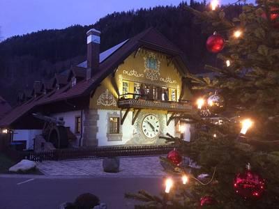 Fahrt zur Ravennaschlucht - individuelle Besichtigung des Weihnachtsmarktes -ABGESAGT-. (©  Dr. Jochen Schwendemann, ab durchs ländle)