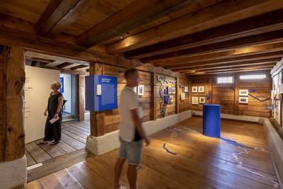 Dauerausstellung Gaienhofener Umwege im Hesse Museum Gaienhofen. (© Tourist-Information Gaienhofen, Foto: Ulrike Klumpp)