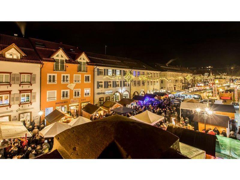 Kuchenmarkt mit spitzweckendorf schwarzwald tourismus gmbh for Küchenmarkt