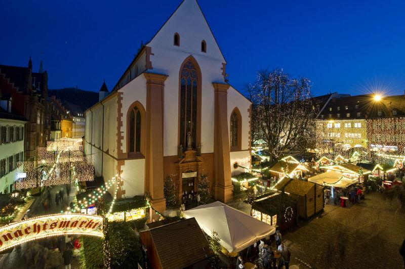 Start Weihnachtsmarkt.Freiburger Weihnachtsmarkt Schwarzwald Tourismus Gmbh