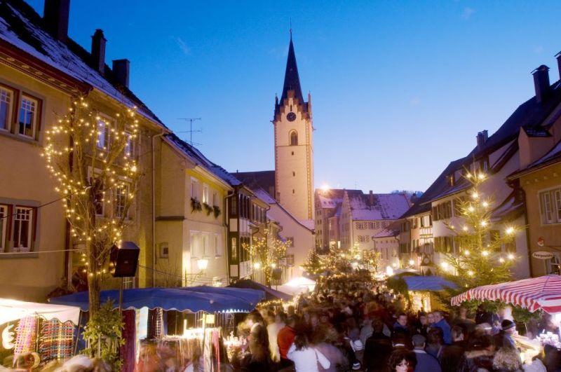 Weihnachtsmarkt in der Altstadt von Engen
