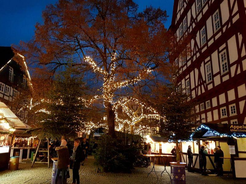 Weihnachtsmarkt Melsungen.Weihnachtsmarkt Im Winterwald Markt In Melsungen Lokalo24 De