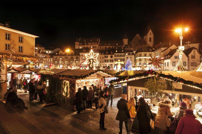 Weihnachtsmarkt Beginn 2019.Basler Weihnachtsmarkt Basel Com