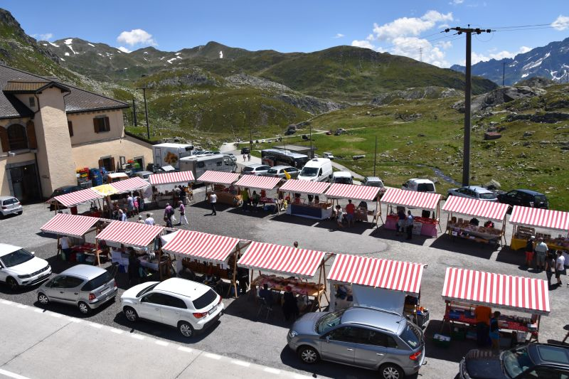 Impressionen Passmarkt Gotthard
